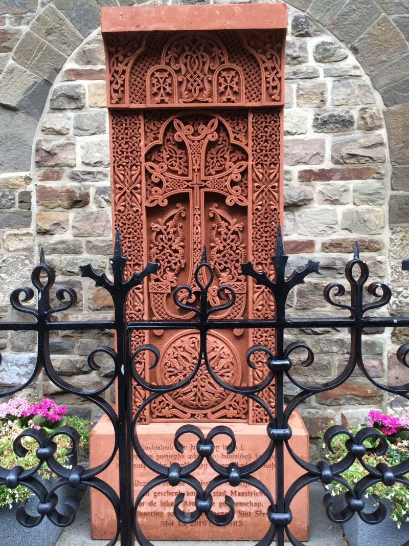 Armenian cross & memorial to St. Servatius