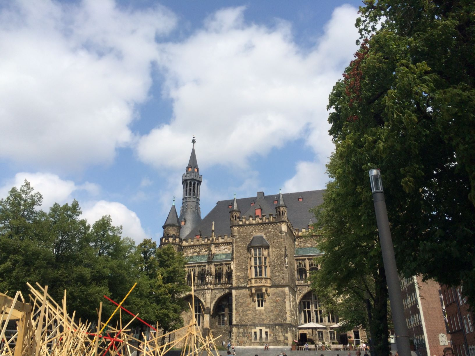 A view of Aachen's Rathaus and some art
