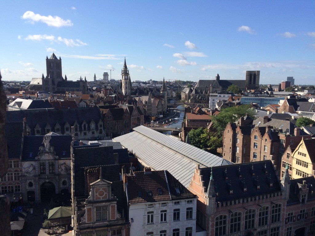 The city center, viewed from the Het Gravensteen